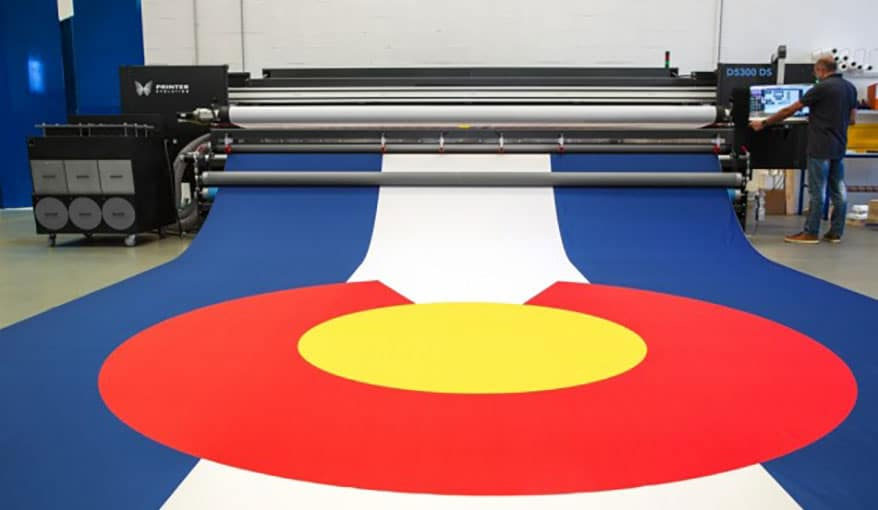 The D5300 DS sublimation printer from PrinterEvolution