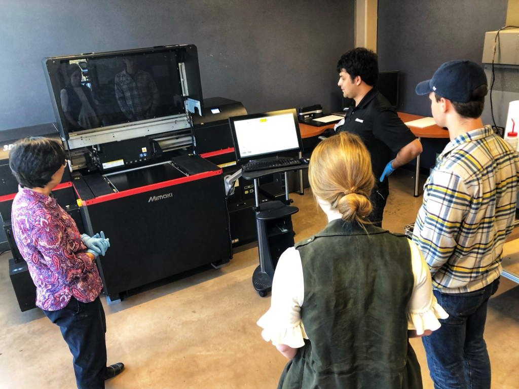 Clemson_Faculty_with_Mimaki_Instructor