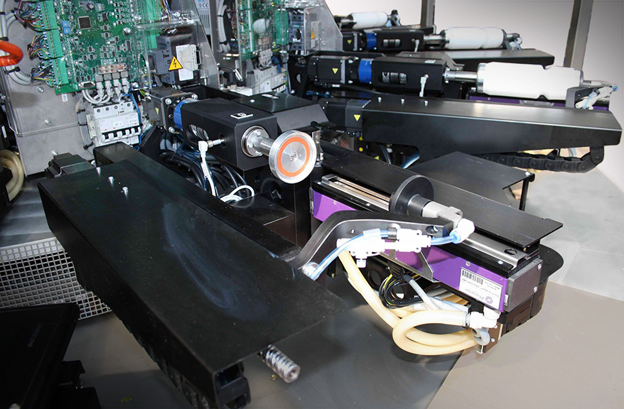Osmo's ServoBottle machine